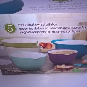 Other - Melamine Bowl 5 Piece Set with lids